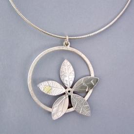 round flower pendant