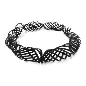 2015: Jelka Quintelier. Necklace - lazor cut rubber