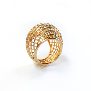 2016: Lynne MacLachlan. Gego Ring. 3D-Printed silver